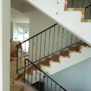 מדרגות פרקט בבית פרטי